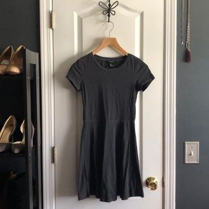 Forever 21 Distressed Grey T Shirt Dress. Size S.